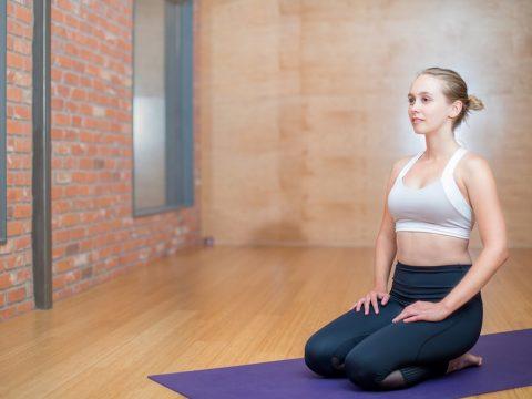 fisioterapia parla, ejercicios hipopresivos, mujer haciendo ejercicio